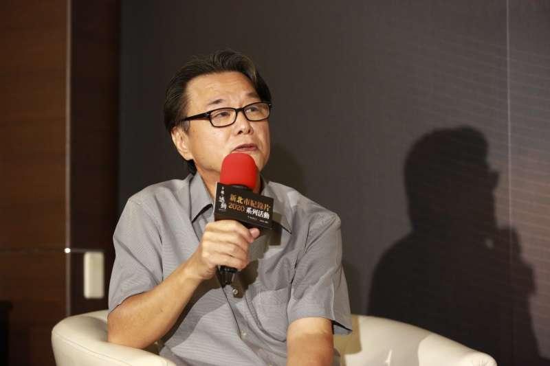 黃明川主講「藝術紀錄片觀點」。(圖/新北市政府提供)