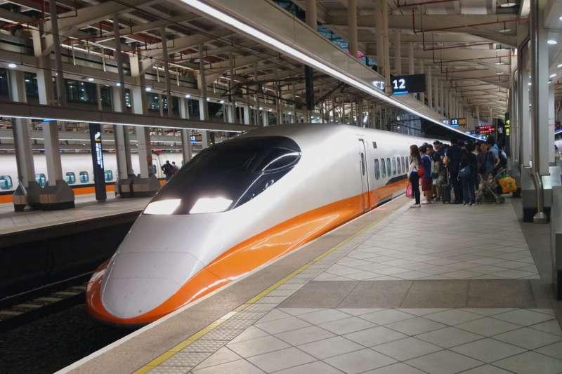 做為台灣西部交通最重要的客運工具,高鐵絕對是國內旅遊的最愛。(林瑞慶攝)