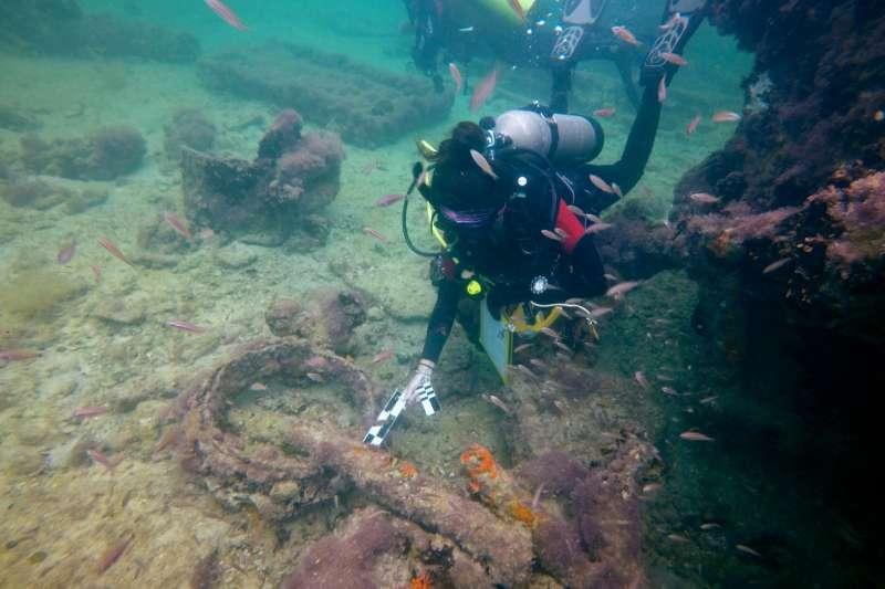 墨西哥考古團隊正式確認,2017年發現的船隻殘骸,就是150年前沈沒的馬雅奴隸船。(AP)