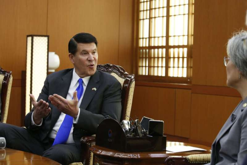 美國國務院次卿柯拉克訪問台灣,圖為他2019年訪問南韓(資料照,AP)