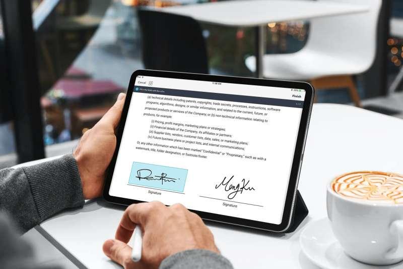 點點簽(DottedSign)結合中華電信快意簽數位憑證技術,為企業提供最高信賴等級的電子簽名解決方案。(圖/凱鈿行動科技提供)
