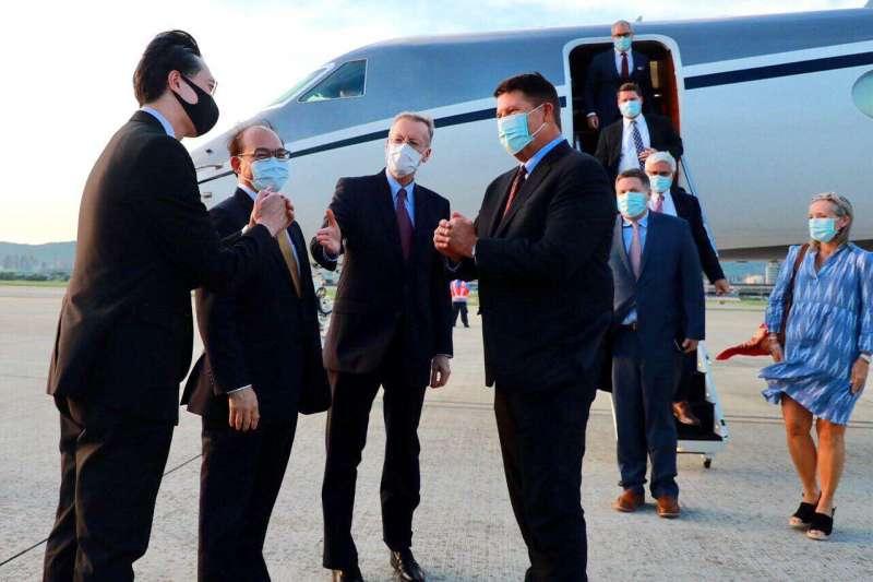 美國國務院次卿柯拉克抵達台灣(外交部提供)