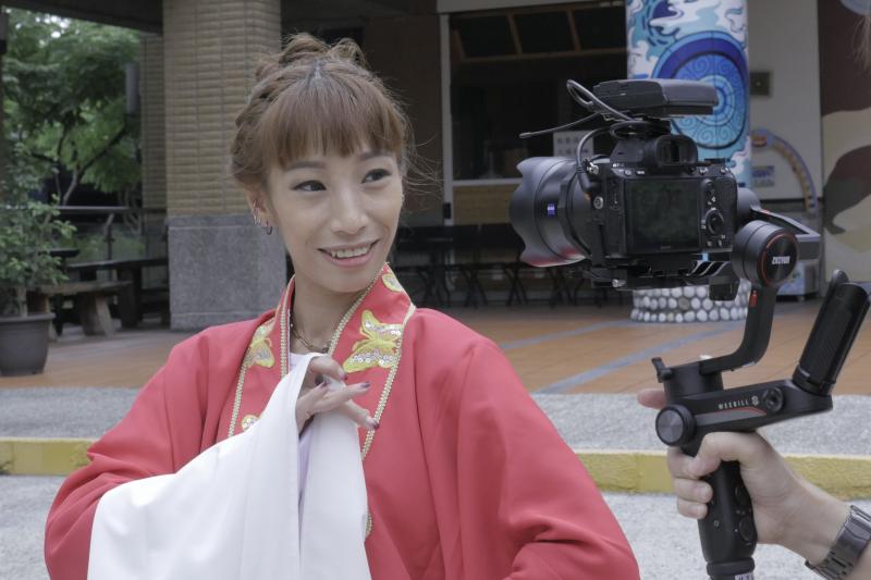 新北女力第2季,客家戲曲演員與老師葉瑋樺。(圖/新北市新聞局提供)