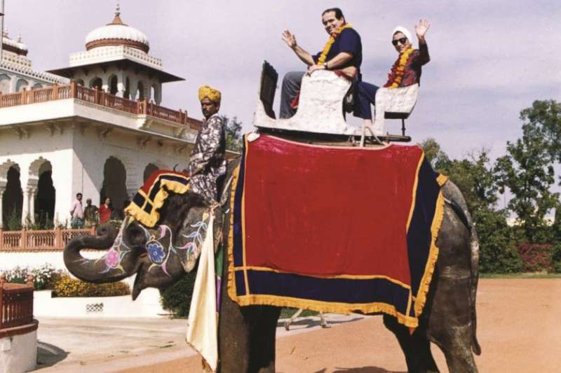 金斯堡與史卡利亞同遊印度的照片。(美國聯邦最高法院)