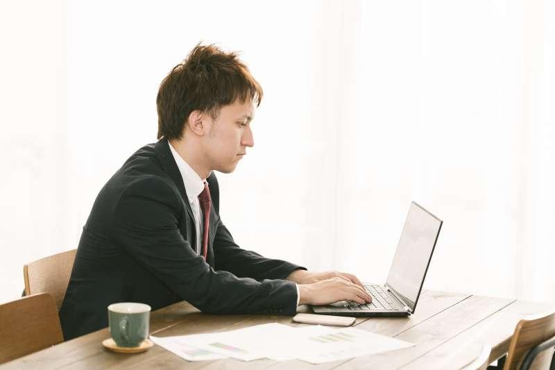 利害關係人包容性:是指企業需尋找與企業有關之利害關係人,檢視企業本身如何回應他們的合理期望與利益。(示意圖/pakutaso)