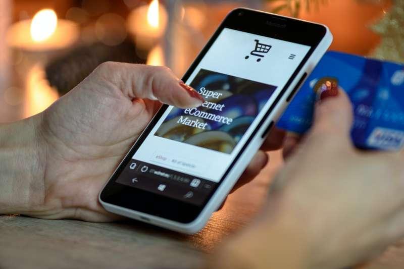 為何選擇電子商務,當作強大的被動收入計畫?作者列出五點理由。(圖/PhotoMIX Company@ Pexels)