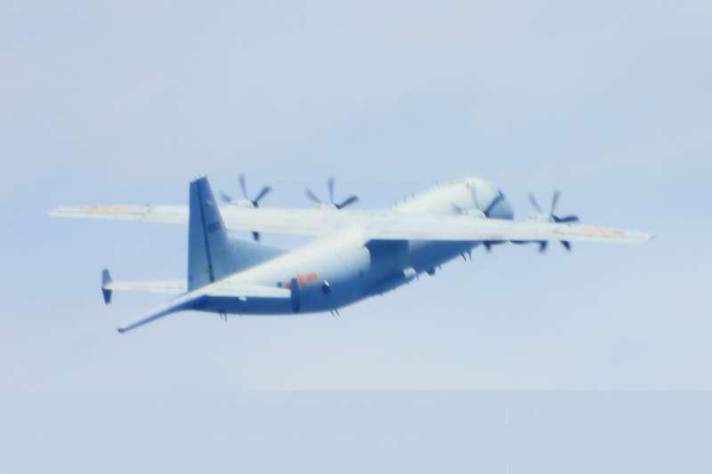 根據空軍發布的共機動態報告顯示,23日有2架運8反潛機進入我西南防空識別區內後又折返。(空軍司令部提供)