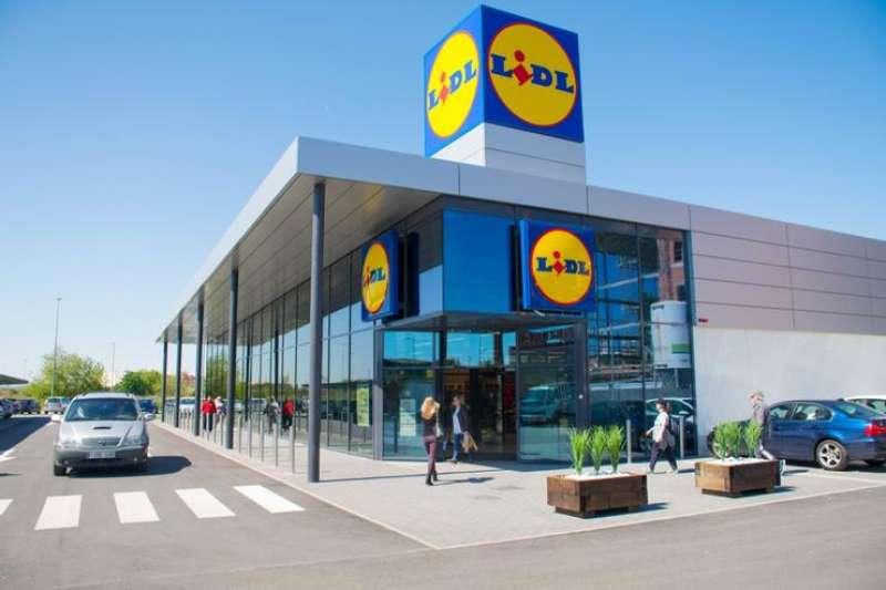 Lidl為了節省店面坪數,整家店大概只有3,000-4,000個品項,同類型的超市通常都有30,000-40,000個品項,足足相差十倍,為何它要採取這種經營模式呢?(圖/方格子 Vocus提供)