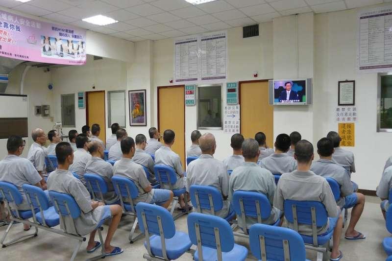 20200926-受刑人於培德醫院門診進行衛教宣導。(取自台中監獄網站)