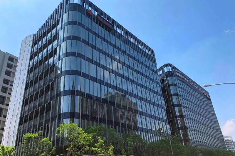 萬海航運繼今年5月委託信義全球資產管理公司向長虹建設購入內科長虹新世代科技大樓A棟後,28日再以15.38億元購入同社區B棟。(信義全球資產提供)