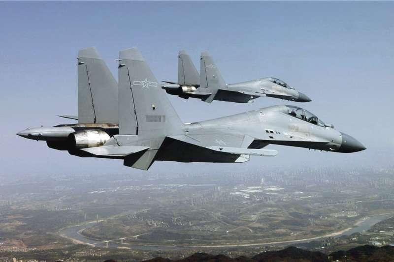 殲-16升限高、速度快、機動性強,是對台空防威脅性極高的共機。(翻攝自中國軍網)