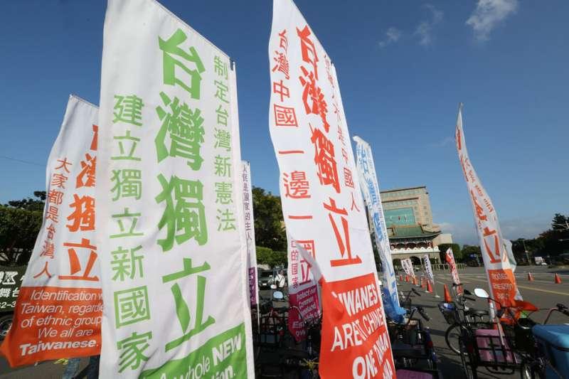 台灣民眾年齡越輕支持獨立的比率越高,20至29歲支持台獨達57.1%。(林瑞慶攝)