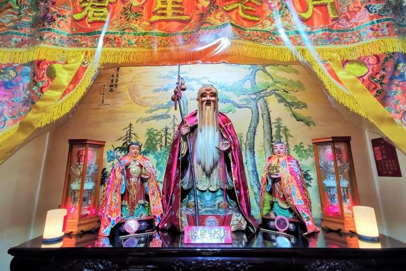 台中市都城隍廟月老星君(圖/作者提供)