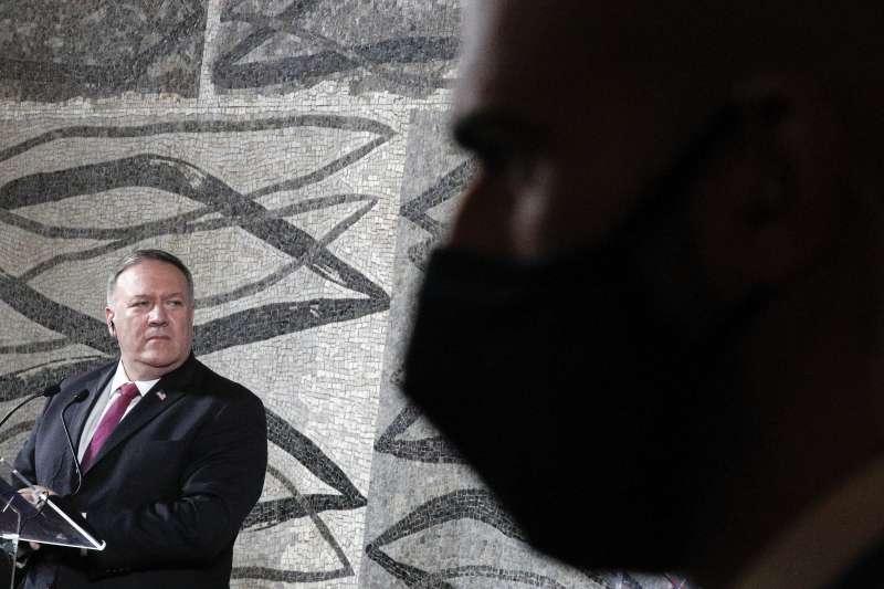 美國國務卿龐畢歐訪問意大利,呼籲教宗鼓起勇氣,對中國堅持立場。(資料照,AP)