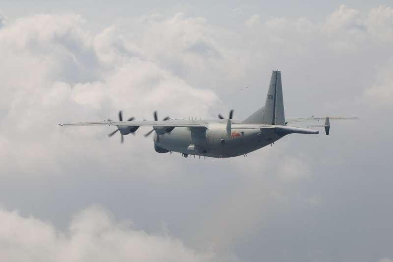 空軍司令部今日晚上證實,今日有一架中共運8反潛機進入我西南空域防空識別區內繞飛。(空軍司令部提供)