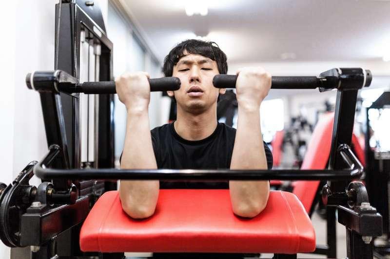練重訓除了能夠變壯、長肌肉,原來還有這些好處!(示意圖/pakutaso)