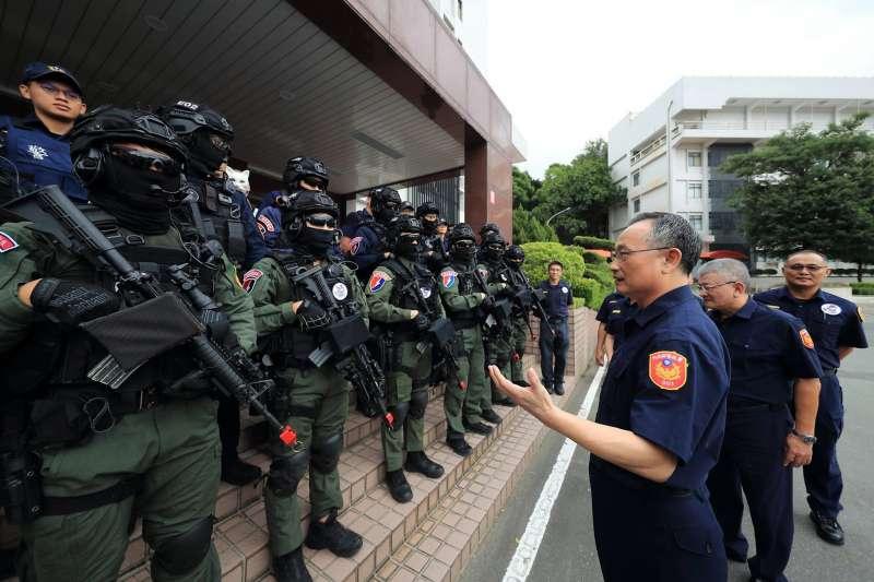 警政署長陳家欽用人屢生爭議,圖為陳家欽慰問維安特勤隊警力。(取自NPA署長室臉書)