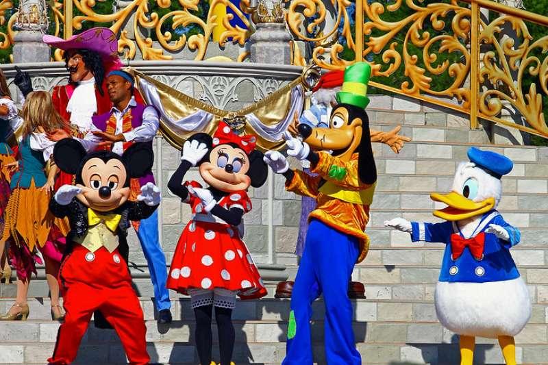 迪士尼主題公園(照片來源:Flickr CC@Iain)