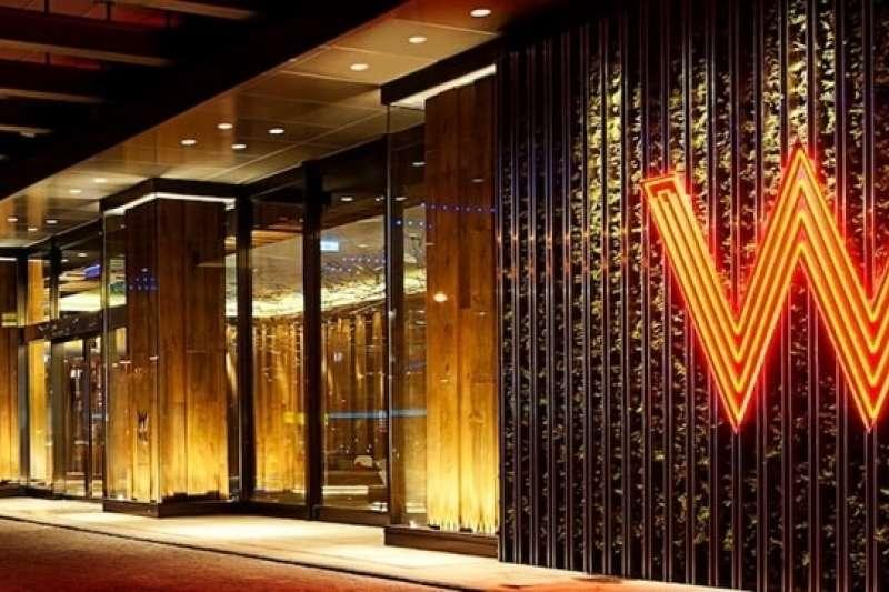 搶搭國旅熱潮,多家銀行攜手飯店推出住宿優惠。(取自W飯店官網)