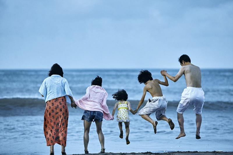 看完《小偷家族》等4部電影,或許你能更了解家人存在的真實意義。(圖/取自imdb)