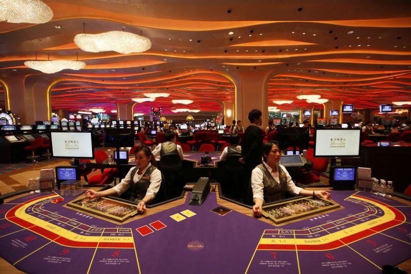 全球疫情讓澳門賭場生意銳減,9月營業額不到去年同期的一成。(美聯社)