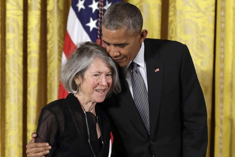 2020年諾貝爾文學獎得主,曾獲頒美國國家人文獎章。(AP)