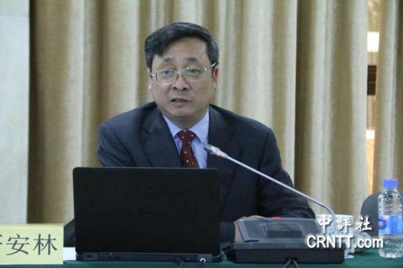 針對國民黨團「台美復交」等決議案,上海市台灣研究會會長嚴安林批評,此舉對兩岸危害性大。(取自中評社)
