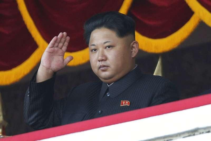 2015年北韓領導人金正恩出席朝鮮勞動黨黨慶閱兵。(AP)