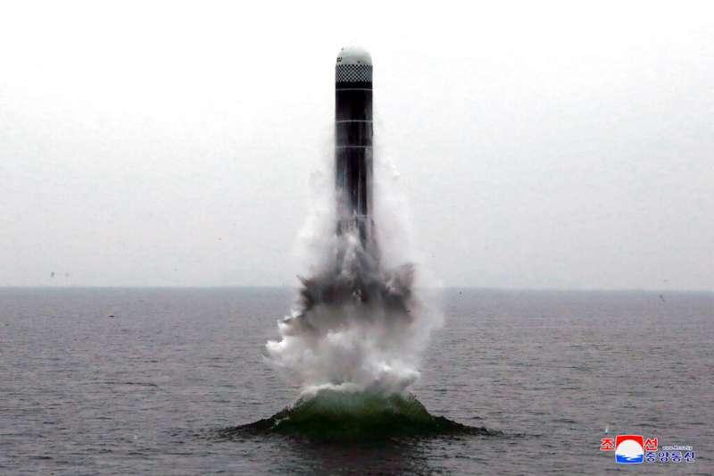 2019年10月2日,北韓試射水下彈道飛彈。(AP)