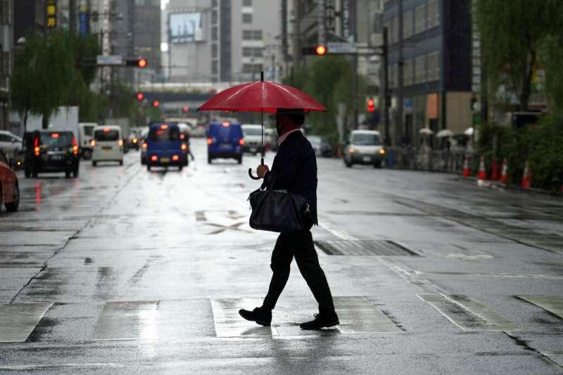 中央氣象局今(8)日清晨對基隆市、新北市北海岸地區發布「大雨特報」。(資料照,美聯社)
