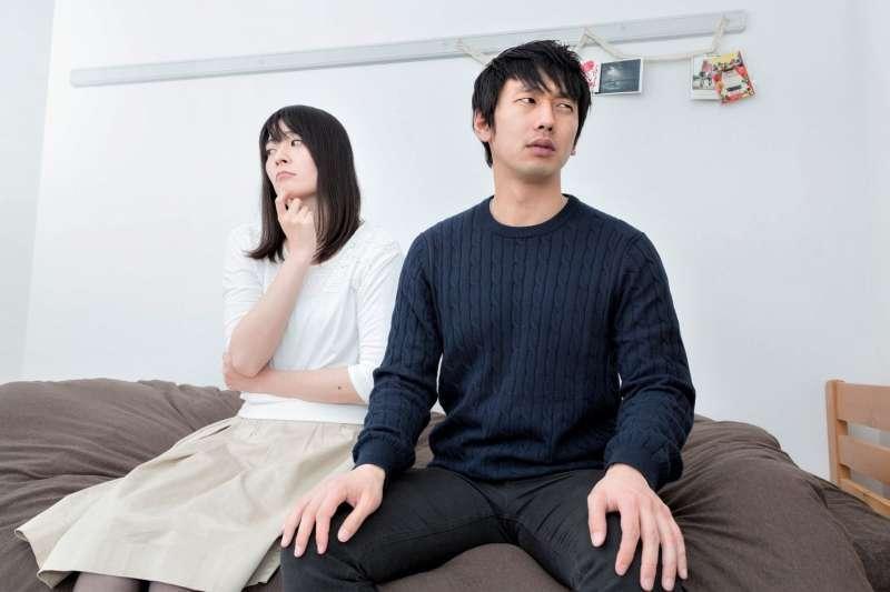 老公總是把自己的話當耳邊風,竟是因為天生的「男性腦」 ? (示意圖/取自pakutaso)