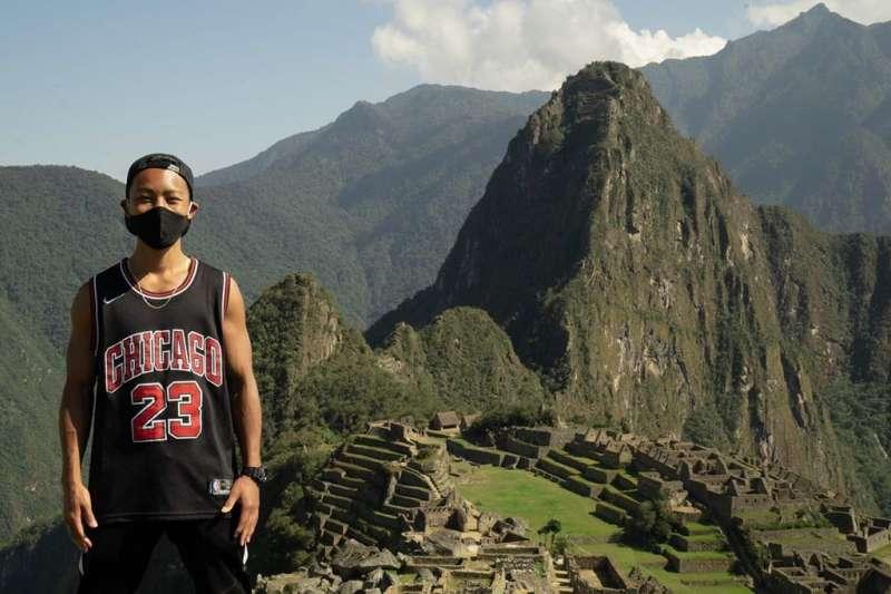日本遊客片山因新冠疫情受困秘魯,等了快7個月,秘魯特別為他開放古印加帝國遺跡馬丘比丘。(圖取自instagram.com/p/CGQvpQcpk8p)