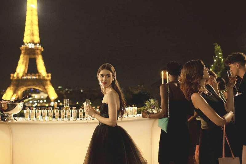 《艾蜜莉在巴黎》到底在演甚麼呢?(圖/取自Imdb)