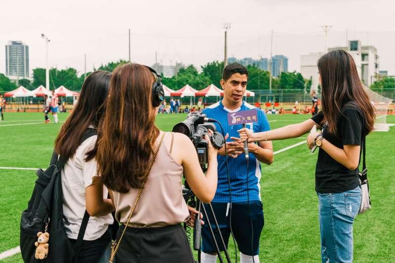 2019年Copa America Taiwan賽事,主辦人黃賀南受訪。(取自Copa America Taiwan臉書)