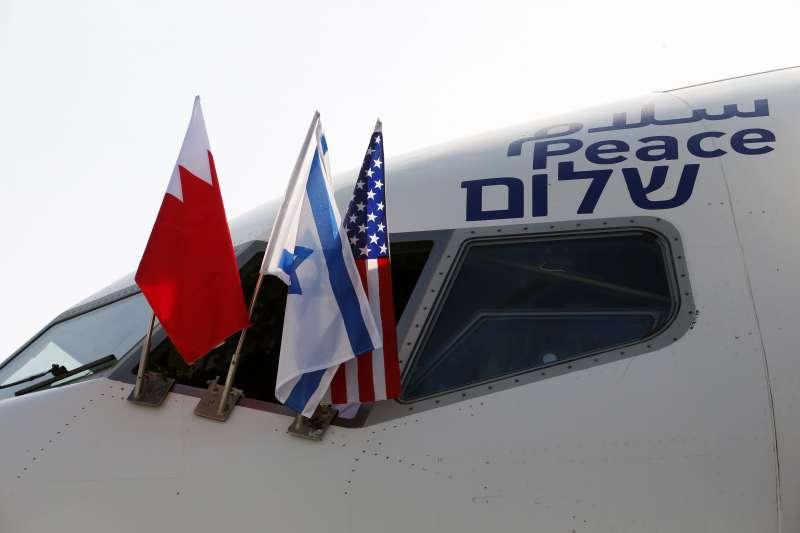 以色列航空直飛巴林,雙方簽署聯合公報準備建交(AP)