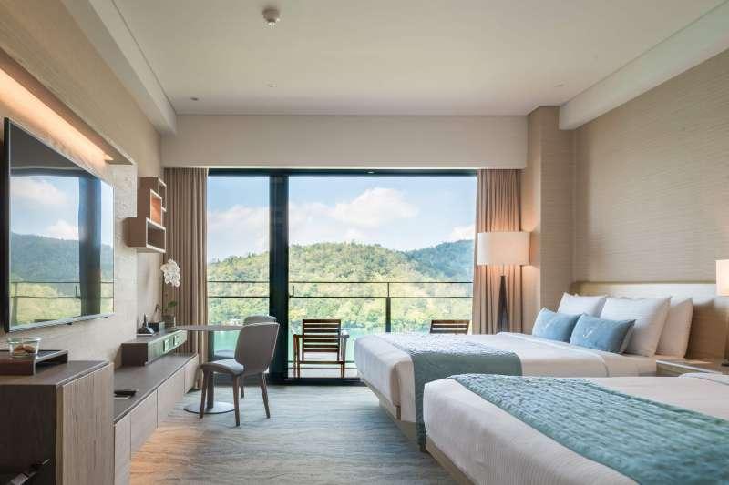 雲品溫泉酒店尊榮湖景家庭房每年都有家庭客回購。(雲朗觀光提供)