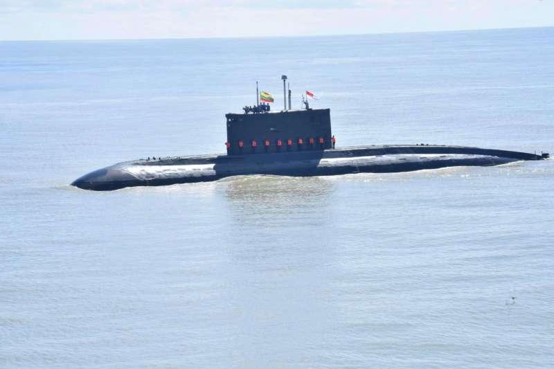 緬甸自印度購得首艘潛艦(翻攝網路)