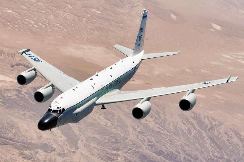 美軍RC-135W電子偵察機(維基百科/公有領域)