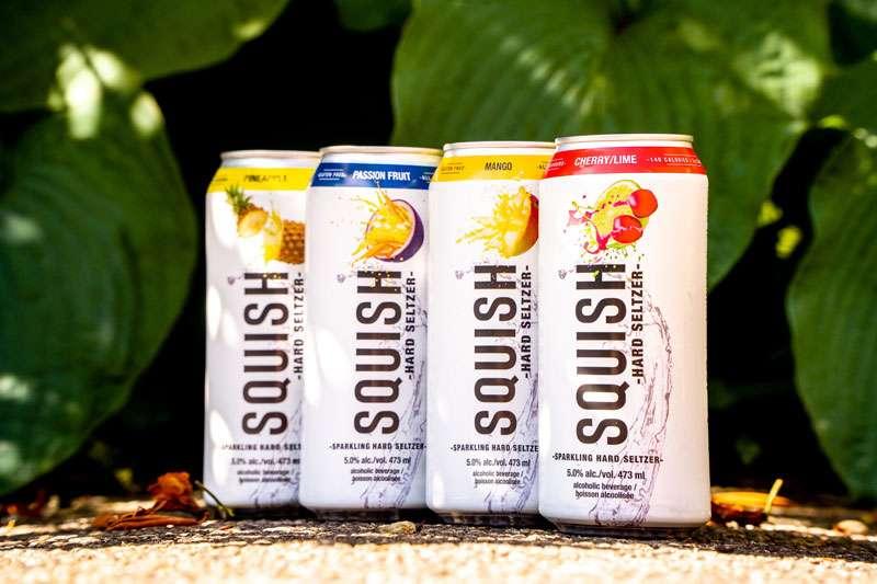 來自加拿大的低酒精氣泡酒飲,熱帶水果風味選擇。(圖/SQUISH思酷世提供)