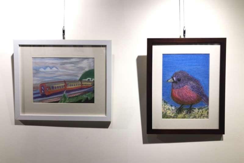 80旬嬷的作品鳥跟車,樸質感人獨特用色構圖,受到民眾好評。(圖/新北市文化局提供)