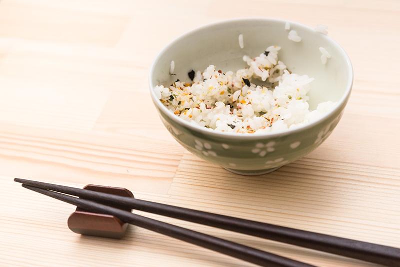 家裡飯菜常吃不完?用錯誤的方法處理隔夜菜,小心食物中毒!(圖/取自Pakutaso)
