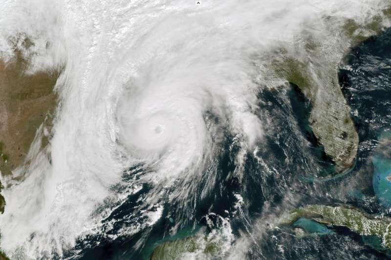 颶風澤塔侵襲美國東南部(資料照,美聯社)