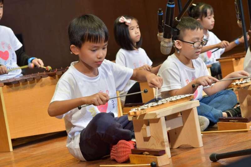 「聽見貝多芬-聽損兒童音樂會」 給予聽損兒童表演的舞台與機會。(圖/中華民國兒童慈善協會提供)