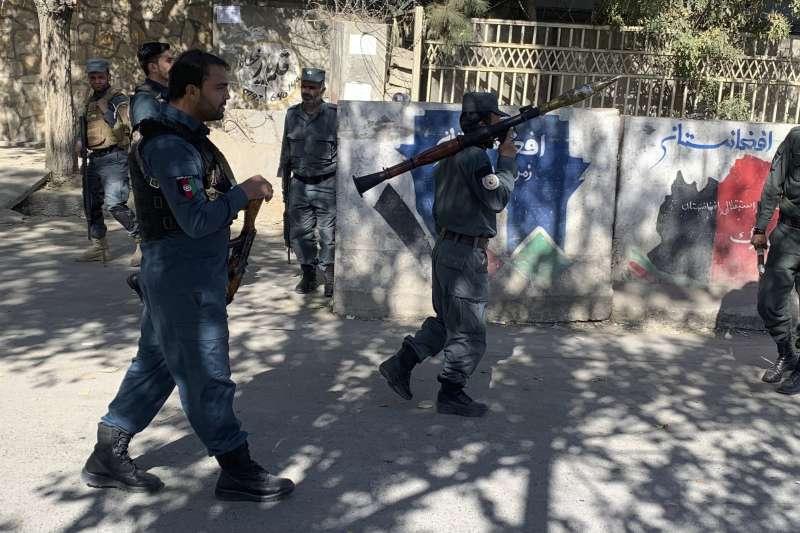 2020年11月2日,阿富汗喀布爾大學遭到恐怖攻擊,死傷慘重(AP)