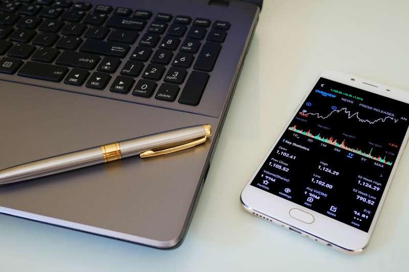 看不懂K線,怎麼找出股市最佳買點?(圖/取自pixabay)