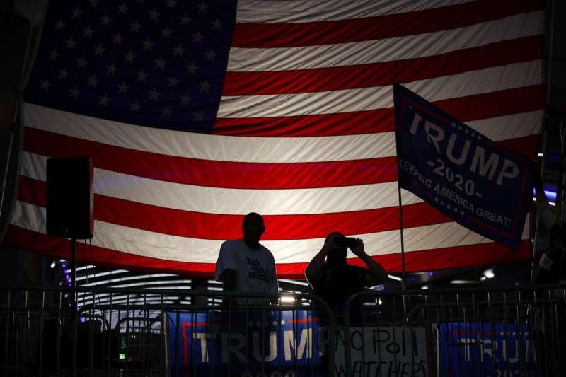 美國國旗,川普。(美聯社)