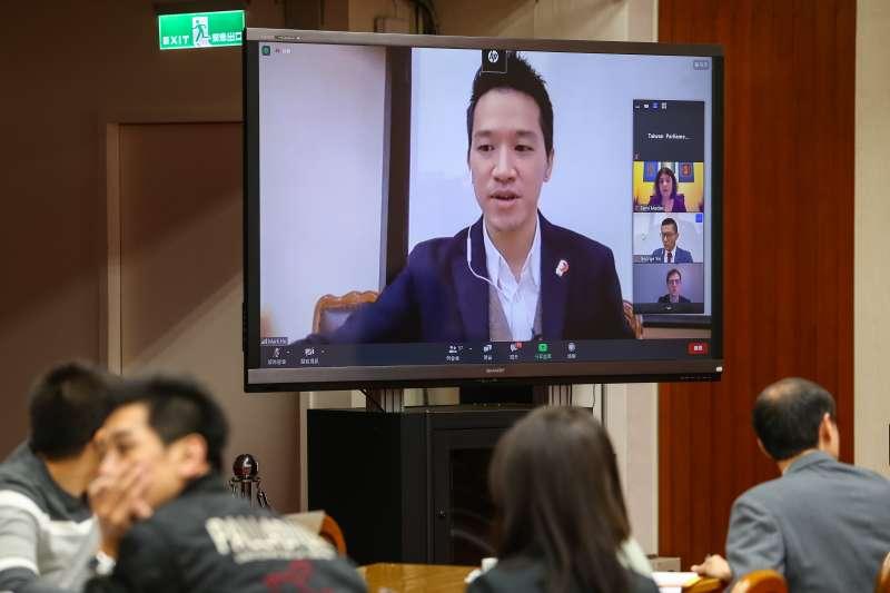 20201110-民進黨立委何志偉10日以視訊召開「美國大選後印太情勢下的台灣戰略」研討會。(顏麟宇攝)