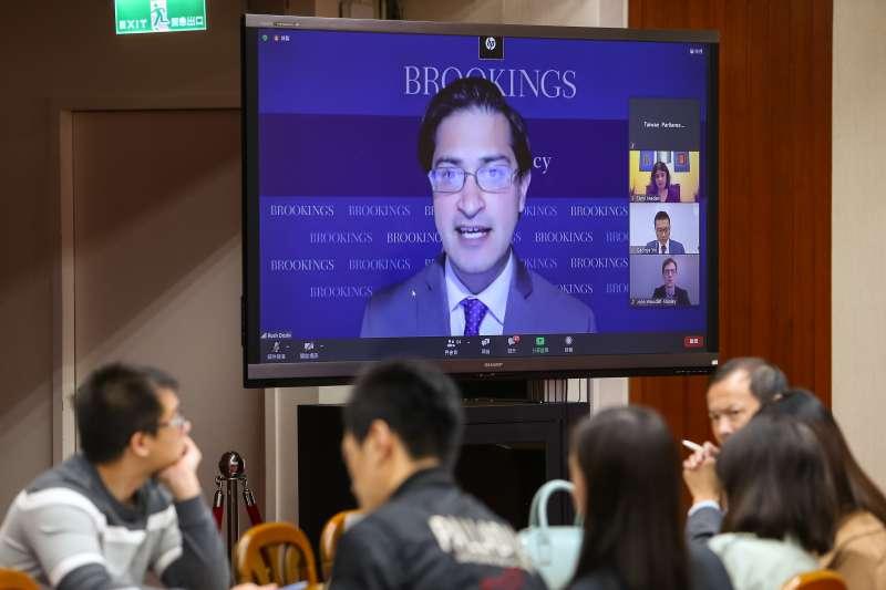 20201110-布魯斯金中國戰略計劃主任杜如松10日以視訊出席「美國大選後印太情勢下的台灣戰略」研討會。(顏麟宇攝)
