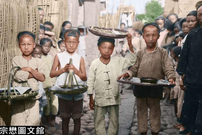 此時正值日本殖民初期,民間仍保存著與晚清時期一致的風貌。(圖/徐宗懋圖文館)