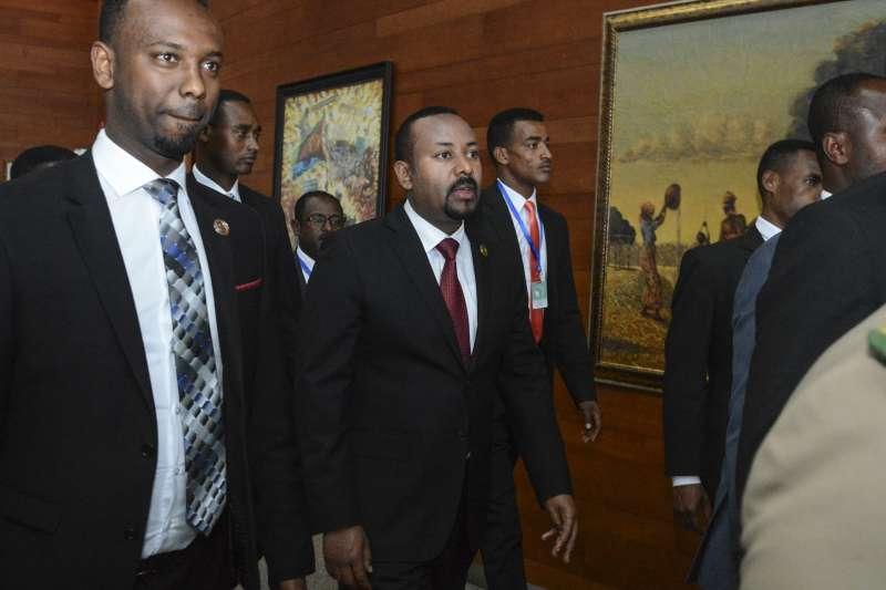 衣索比亞總理阿比(中)。(AP)